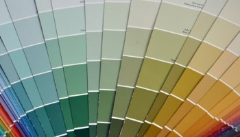 Подготовка стен к покраске колером